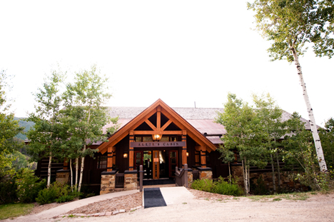 Real beaver creek wedding sarah michael for Allie s cabin beaver creek