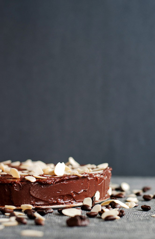 Reine de Saba (Chocolate and Almond Cake) with Chocolate-butter Icing