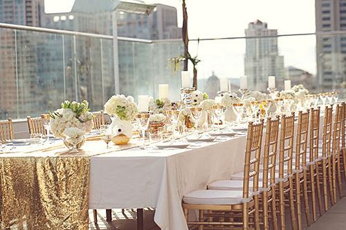 style_me_pretty_gold_tablescape