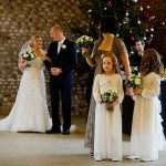 Guest Post: Bring the rustic look to your wedding: Replace wedding halls with cottages