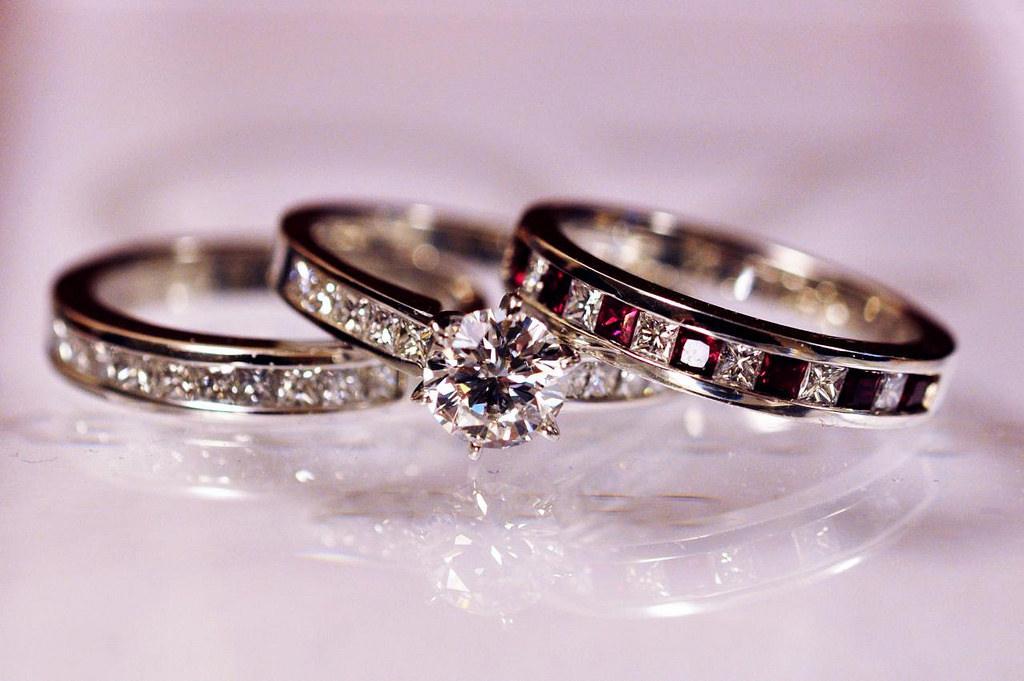 Buy Diamond Wedding Ring 52 Luxury
