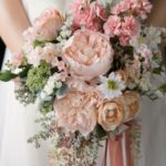 Give Your Wedding a Touch of Elegance and Beauty with Artificial Flowers